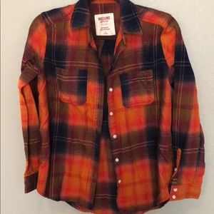 Plaid button up. Perfect condition.fall colors